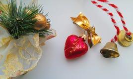 Игрушки рождества на белой предпосылке Стоковое Изображение RF