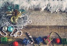 Игрушки рождества, подарочные коробки Стоковое Фото