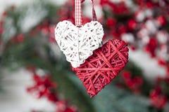 2 игрушки сердца на веревочке Стоковая Фотография RF
