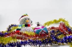 игрушки сфер рождества предпосылки изолированные стеклом белые Стоковое Изображение RF