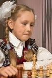 игры девушки шахмат маленькие Стоковая Фотография