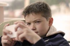 Игры мобильного телефона Стоковая Фотография