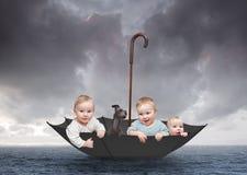 Игры 1 младенца Стоковые Фото