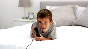 игры ребенка играя видео акции видеоматериалы