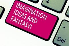 Идеи и фантазия воображения текста почерка Концепция знача клавишу на клавиатуре творческой мысли творческих способностей вдохнов стоковые фотографии rf