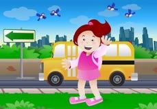 идет школа малышей к Стоковая Фотография RF