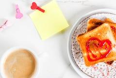Идея завтрака дня ` s валентинки Стоковые Изображения RF