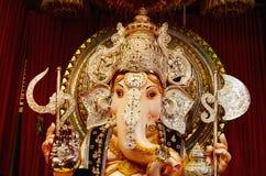 Идол лорда Ganesha, Tulshibag Ganapati, Пуны, махарастры, Индии стоковые изображения rf