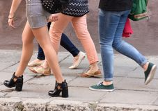 Идти, ноги, ботинки, брюки, прогулка стоковая фотография