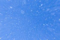 Идти снег на голубом небе Стоковое Изображение