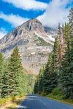 Идущ к дороге Солнця, национальный парк ледника Стоковое Фото