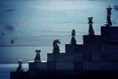 иерархия lBusiness Концепция стратегии с шахматными фигурами стоковые фотографии rf