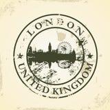 Избитая фраза Grunge с Лондоном, Великобританией иллюстрация вектора