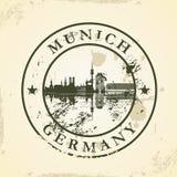 Избитая фраза Grunge с Мюнхеном, Германией иллюстрация вектора