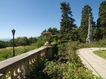 Изваяйте элементы в парке дворца Massandra в Крым Стоковое фото RF