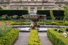 Изваянный фонтан Стоковое Фото