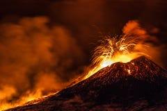 Извержение Этна - Катания, Сицилия Стоковые Изображения