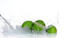 Известки с выплеском воды Стоковые Фотографии RF