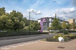 Известная, великобританская сеть отелей увиденная показать новое здание стоковая фотография