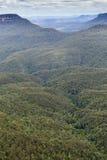 Известная горная порода 3 сестер в голубом Na гор Стоковая Фотография