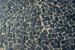 Известная мостовая тротуара пляжа Copacabana в Рио-де-Жанейро, Бразилии Абстрактная текстура украшения улиц Braz стоковое изображение rf