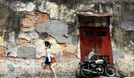Известная настенная роспись искусства улицы в городке Джордж стоковые фотографии rf