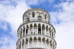 известная полагаясь башня Стоковые Фотографии RF