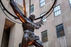 Известная статуя атласа в Нью-Йорке Стоковая Фотография RF