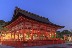 Известное Fushimi Inari-taisha в Киото Стоковая Фотография