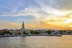 Известное Wat Arun стоковое изображение rf