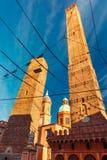 Известные 2 башни болонья, Италии Стоковая Фотография RF