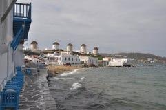 Известные ветрянки городка Mykonos, Греции Стоковое Изображение