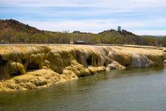 Известные геотермические утесы в Вайоминге стоковое изображение rf
