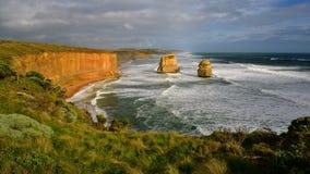 Известные 12 образований стога известняка апостолов в Виктории Стоковое Изображение