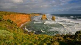 Известные 12 образований стога известняка апостолов в Виктории Стоковые Изображения