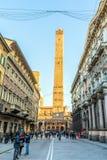Известные средневековые 2 башни в болонья, Италии Стоковое Фото