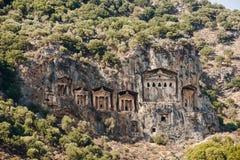 Известные усыпальницы Lycian старого города Caunos, Dalyan, Турции Стоковые Изображения RF