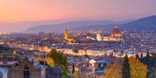 Известный взгляд Флоренса на ноче, Италии стоковое изображение