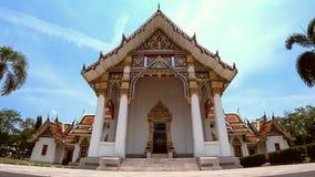 Известный висок Wat Phra Sri Rattana Mahathat Бангкока акции видеоматериалы