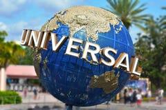 Известный всеобщий глобус на студиях Universal Citiwalk стоковые изображения