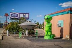 Известный городок UFO из-за свой визировать в Roswell стоковая фотография
