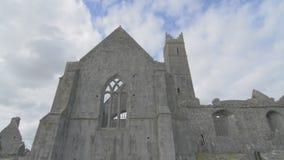 Известный ирландский ориентир ориентир, аббатство quin, графство Клара, Ирландия видеоматериал