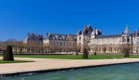 Известный королевский замок Фонтенбло, Франция стоковое фото