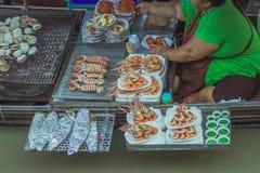 Известный плавая рынок в Amphawa Таиланде, плавая рынке, tou Стоковые Изображения