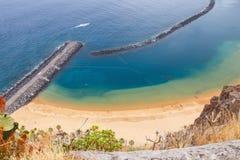 Известный пляж Playa de las Teresitas, Тенерифе Стоковое Изображение RF