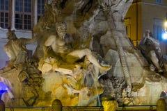 Известный фонтан на квадрате Navona в Риме - фонтан 4 рек стоковые изображения