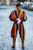 Известный швейцарский предохранитель на государстве Ватикан - швейцарские предохранители в Риме стоковое изображение