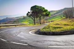 Извилистая дорога с загибом hairpin стоковая фотография