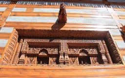 Изгибать работу в Temple-7 стоковое изображение