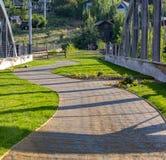 Изгибать тропу и подвесной подъемник в Park City Юте стоковое фото